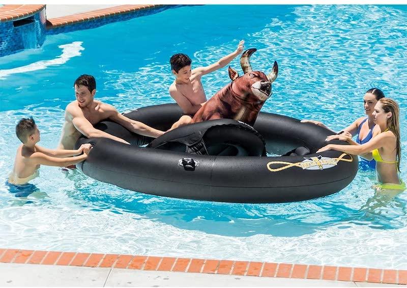 pool bull inflatable