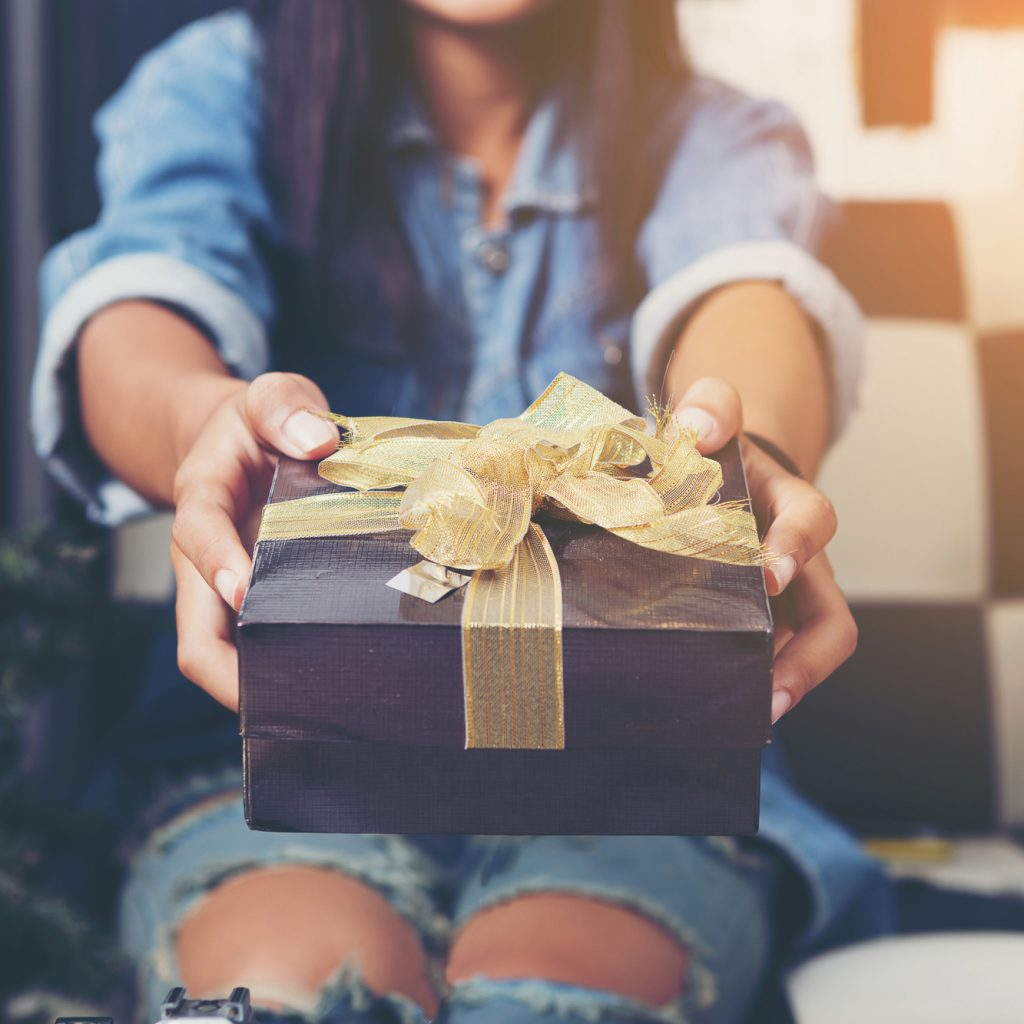 10 Best Gifts for Friends